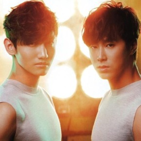 [SCANS] 130326 Tohoshinki – magazine « VOGUE Japan » (numéro de mai)