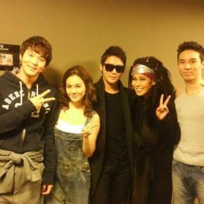 [PIC] 140115 Junsu avec le casting de la comédie musicale «Ghost»