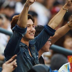 [PRESS PIC] 140708 Changmin – Match de Baseball 2014 Korea Yakult 7even – LG Twins vs DoosanBears