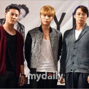 [PIC+VID] 140929 JYJ – Fansign 'Just Us' au I'Park Mall de Yongsan