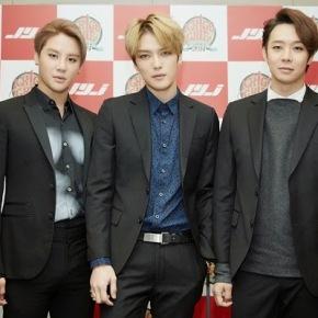 [NEWS] 141120 JYJ révèlent pourquoi ils ont choisi «Begin» de TVXQ comme chanson finale de leurconcert