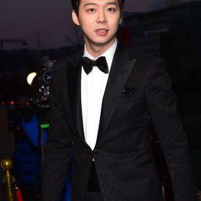 [VID] 141217 Yoochun aux '35th Blue Dragon Film Awards' – discours + tapisrouge