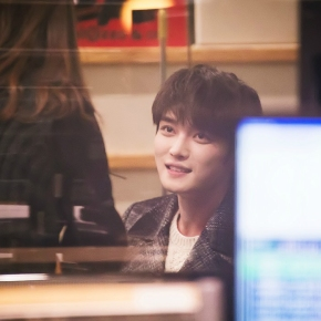 [PIC] 150108 Jaejoong dans l'émission de radio 'KBS Cool FM Yoo In-na Volume Up'