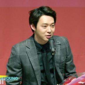 [VID] 150129 Yoochun aux '6th KOFRA Film Awards' ('Meilleur Nouvel Acteur' pourHaemoo)