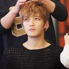 [PIC+TRAD] 160219 Jaejoong sur le Facebook de JYJ et l'Instagram de laC-JeS