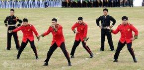 [PIC] 160929 Yunho – Répétitions de la '68th Armed Forces Day CommemorationCeremony'