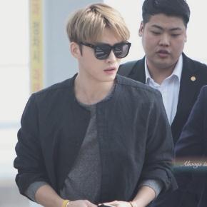 [PIC] 170324 Jaejoong à l'aéroport d'Incheon →Macao