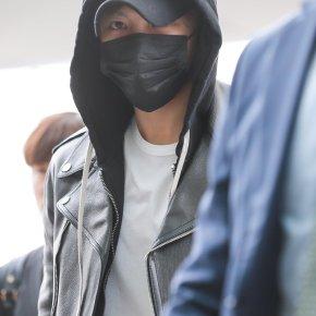 [PIC] 170331 Jaejoong à l'aéroport d'Incheon → Kaohsiung(Taïwan)