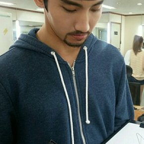 [PIC] 170518 From Star 【MAX】 Cadeau spécial#18