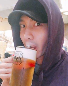 [PIC+TRAD] 171020 Changmin utilise l'Instagram deTVXQ!