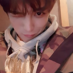 [PIC+TRAD] 171118 Twitter et Instagram deJaejoong