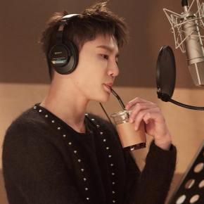 [VID] 171218 Junsu en studio d'enregistrement pour 'WeWere..'