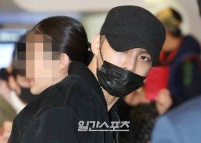 [PIC] 180221 Jaejoong à l'aéroport de Gimpo →Japon