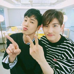 [PIC+VID+TRAD] 180319 Twitter et Instagram de TVXQ! (THE CHANCE OF 스포' V Live)