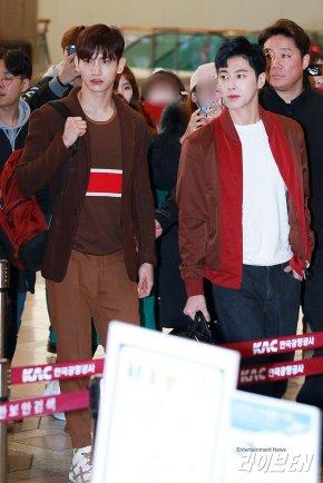 [PIC] 180311 TVXQ! à l'aéroport de Gimpo →Japon